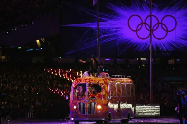 2012-olympic-games-closing-ceremony-20120812-152837-919