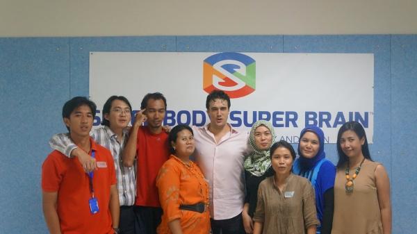 ACG INTERNATIONAL SCHOOL OF JAKARTA IMPLEMENTS SUPER BODY, SUPER BRAIN